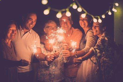 9 de cada 10 personas que establecen propósitos de Año Nuevo fracasan debido a que se plantean de forma vaga (Shutterstock)