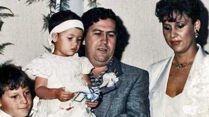 Pablo Escobar junto a Marroquín y Santos Caballero.