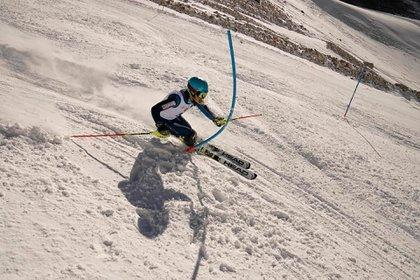 Por la escuela de esquí de Las Leñas pasan 400 alumnos diarios
