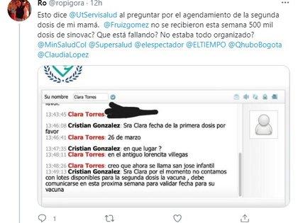 Usuarios denuncian reagendamiento de segundas dosis de Sinovac. Foto: Twitter @ropigora.