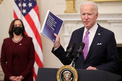 Le président Joe Biden a présenté un nouveau plan de lutte contre le COVID-19, qui traitera la pandémie différemment de l'administration précédente (Photo: Reuteres / Jonathan Ernst)