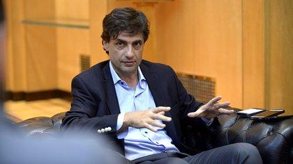 El ministro Hernán Lacunza analizará con su secretario de Finanzas las propuestas de canje de los fondos y bancos de inversión (Gustavo Gavotti)