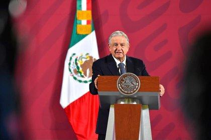 Varios estados de la República se quedaron solos, mientras el gobierno culpaba a las administraciones pasadas como parte de las causas, destacó Héctor de Mauleón (Foto: Presidencia de México)