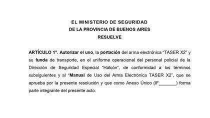 La documentación para la utilización de las pistolas Taser está a la firma del ministro de Seguridad bonaerense Sergio Berni