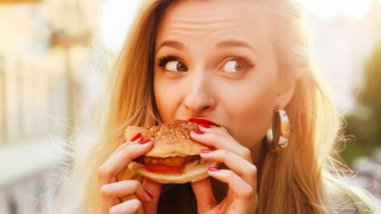 La comida rápida y los deliveries son muy prácticos y se ajustan a los ritmos apurados de la vida de hoy, peroatentan contra el objetivo de sumar equilibrio y variedad