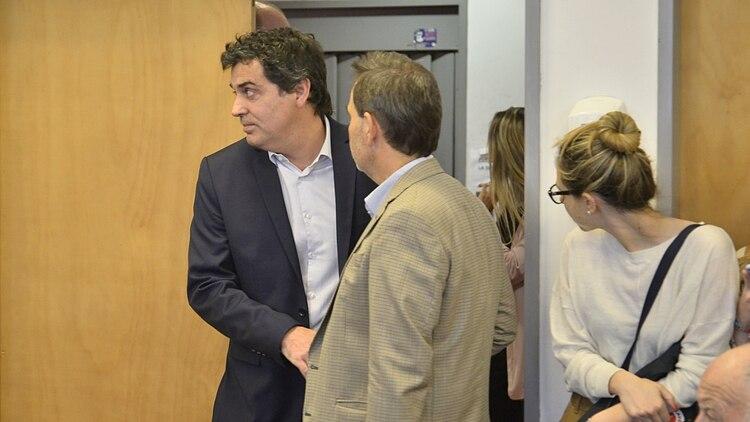 Gonzalo Rúa, el juez que dictó la pena, ingresa a la sala. (Gustavo Gavotti)