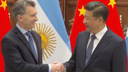 Macri saluda al presidente chino Xi Jinping (Télam)