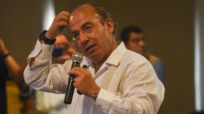 """Felipe Calderón le contestó a AMLO: """"yo no soy el presidente que anda saludando a la mamá del Chapo"""" (Foto: Cuartoscuro)"""