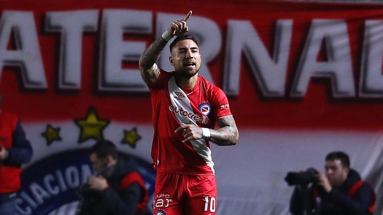 Batallini pasó por las inferiores de Deportivo Armenio y del Bicho, antes de saltar a la élite