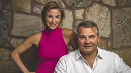 Silvina Moschini y Alex Konanykhin, fundadores de TransparentBusiness (Ryan Cleek)