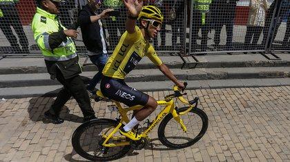 Egan Bernal no asistirá al Tour de Los Alpes