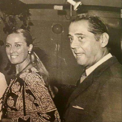 En la Galería Kromos con Daniel Tinayre, en la década del 60