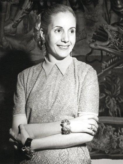"""Eva Perón es un personaje importante en la trama de """"Sagrada Familia"""""""