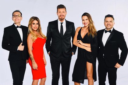 El jurado del Bailando 2019 junto a Marcelo Tinelli. (Foto: Instagram)