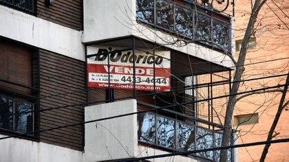 En un mercado debilitado por la cuarentena se proyecta aumento de la oferta de departamentos para la venta (Nicolás Stulberg)