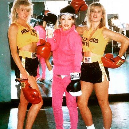 Jackie fue la primera mujer de la TV en tener su propio programa de levantamiento de pesas (@officialjackiestallone)