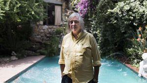 8 baños, jacuzzi, piscina y casa de huéspedes: cómo es la mansión que Pepe Cibrián vende por 500 mil dólares