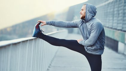El 45,5% de los participantes de la encuesta dejó o disminuyó la práctica de actividad física a partir de la pandemia mientras que un 14,9% comenzó o intensificó dicho ejercicio (Shutterstock)