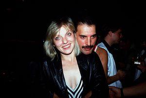 A 28 años de la muerte de Freddie Mercury, qué es de la vida de su gran amor, Mary Austin