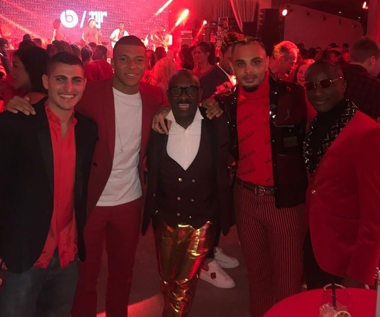 Marco Verratti, Killian Mbappé y Layvin Kurzawa, disfrutando de la fiesta