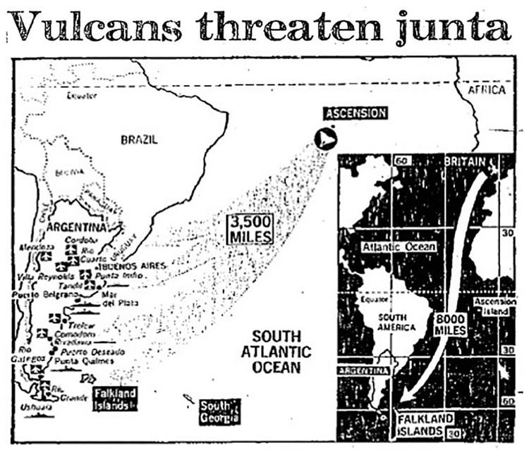 """Recorte del periódico """"Daily Express"""" del 19 de abril de 1982, con la especulación de los posibles blancos en territorio continental argentino."""