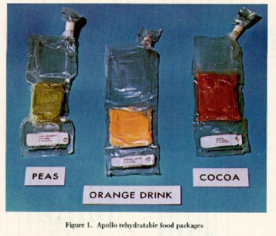 Los preparados que llevaron para mezclar con agua (NASA)
