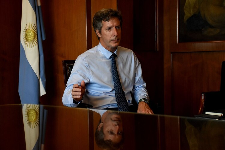 El secretario de Finanzas, Santiago Bausili, buscó transmitir calma con la actualización del Plan Financiero para lo que resta del año y del próximo (Nicolás Stulberg)