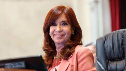 Cristina Kirchner, al frente del Senado. Hubo media sanción para la ley del Ministerio Público