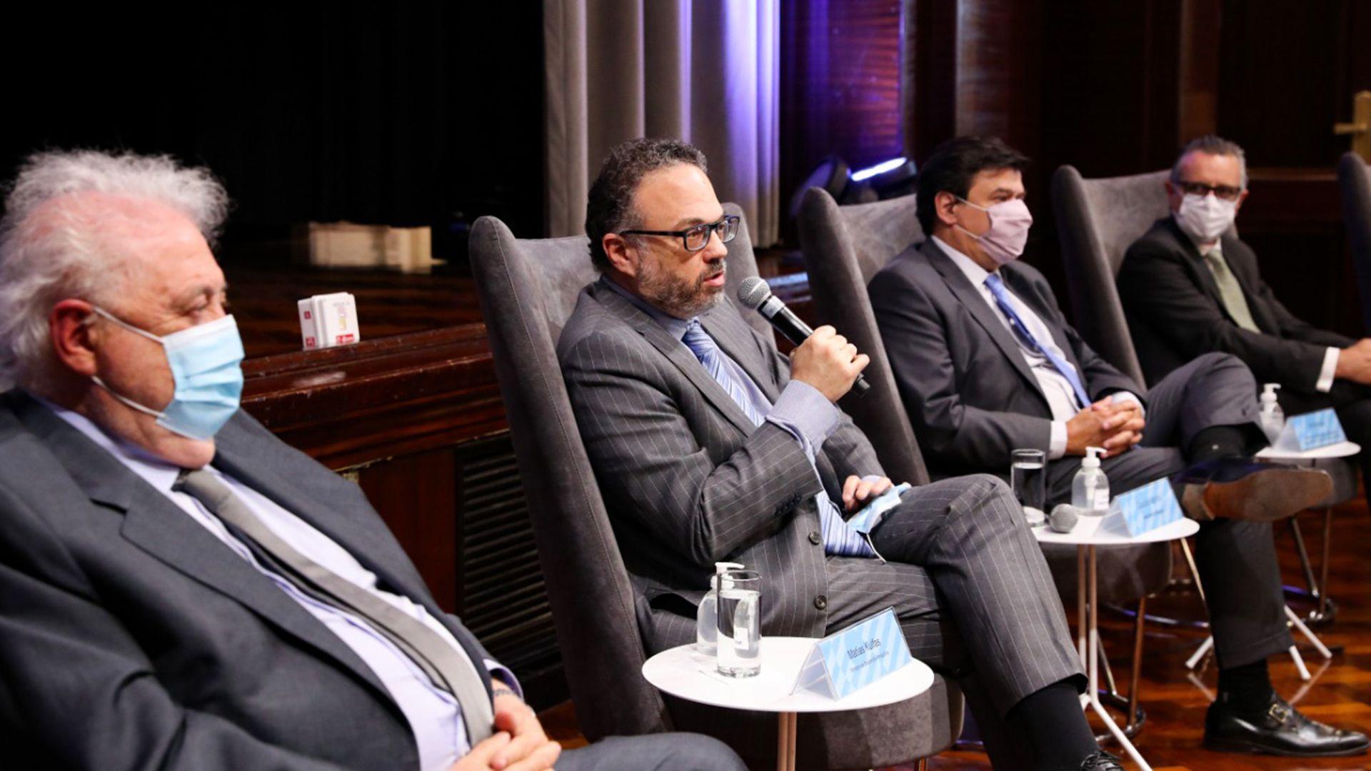 Matías Kulfas junto a Ginés González García y Claudio Moroni