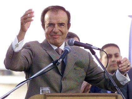 Carlos Menem bajó su candidatura y obligó a Kirchner a asumir con un 22% (Foto NA:Fabian Lio)