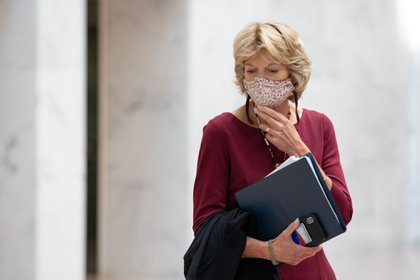 Senator Lisa Murkowski, a Republican from Alaska, wears a protective mask at the U.S. Capitol in Washington, D.C., U.S., on Tuesday, Sept. 22, 2020. Senate Republicans are moving quickly to set their strategy for confirming President Trump's Supreme Court nominee, with the senators focusing on whether they can move fast enough to get it done before Election Day in six weeks.