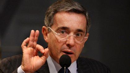 Álvaro Uribe, ex presidente de Colombia, divulgó el video tres días antes de las elecciones