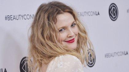 Drew Barrymore se lanzó a la fama con la película E.T. (AP)
