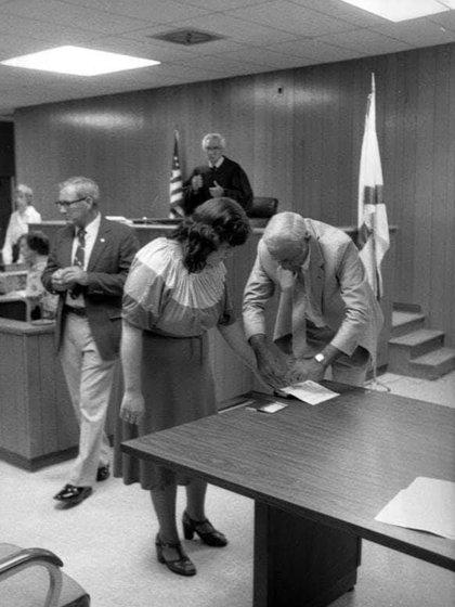 Christine, en el juicio donde confesó tres de los cinco crímenes y fue condenada a cadena perpetua (Youtube)