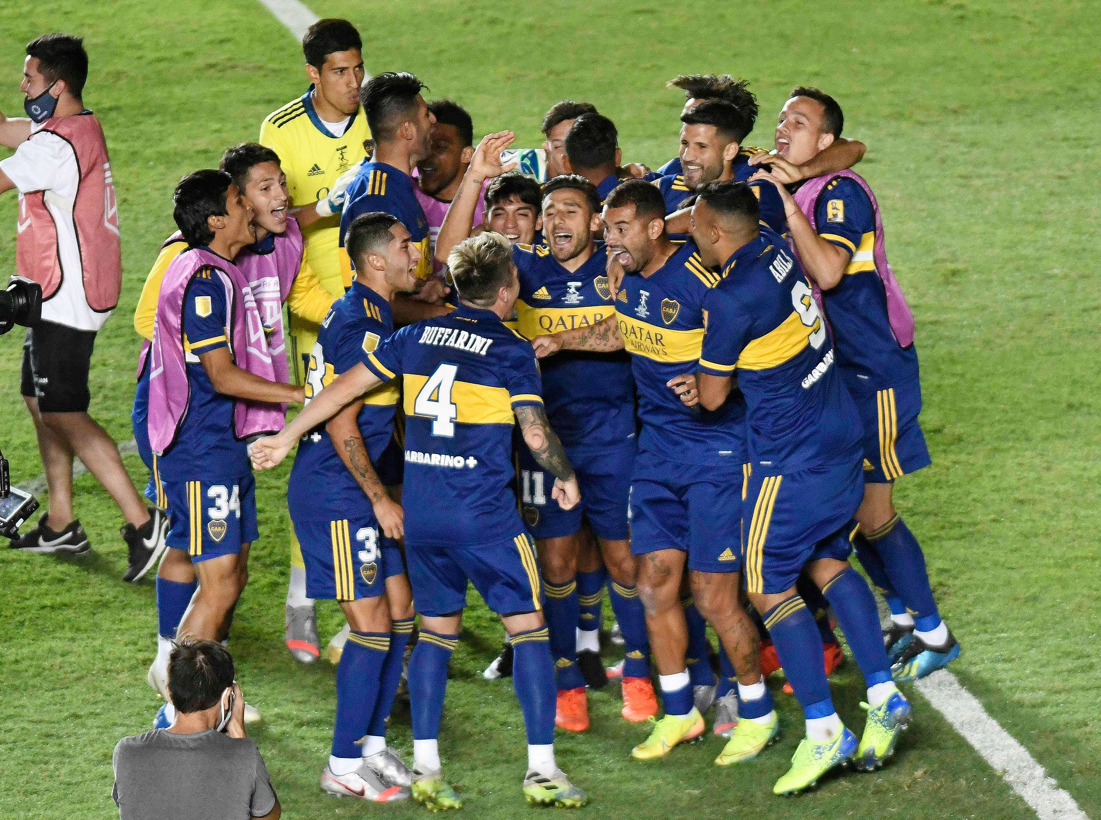 With this title, Boca beat Racing (14-13) and became the team that won the most National Cups