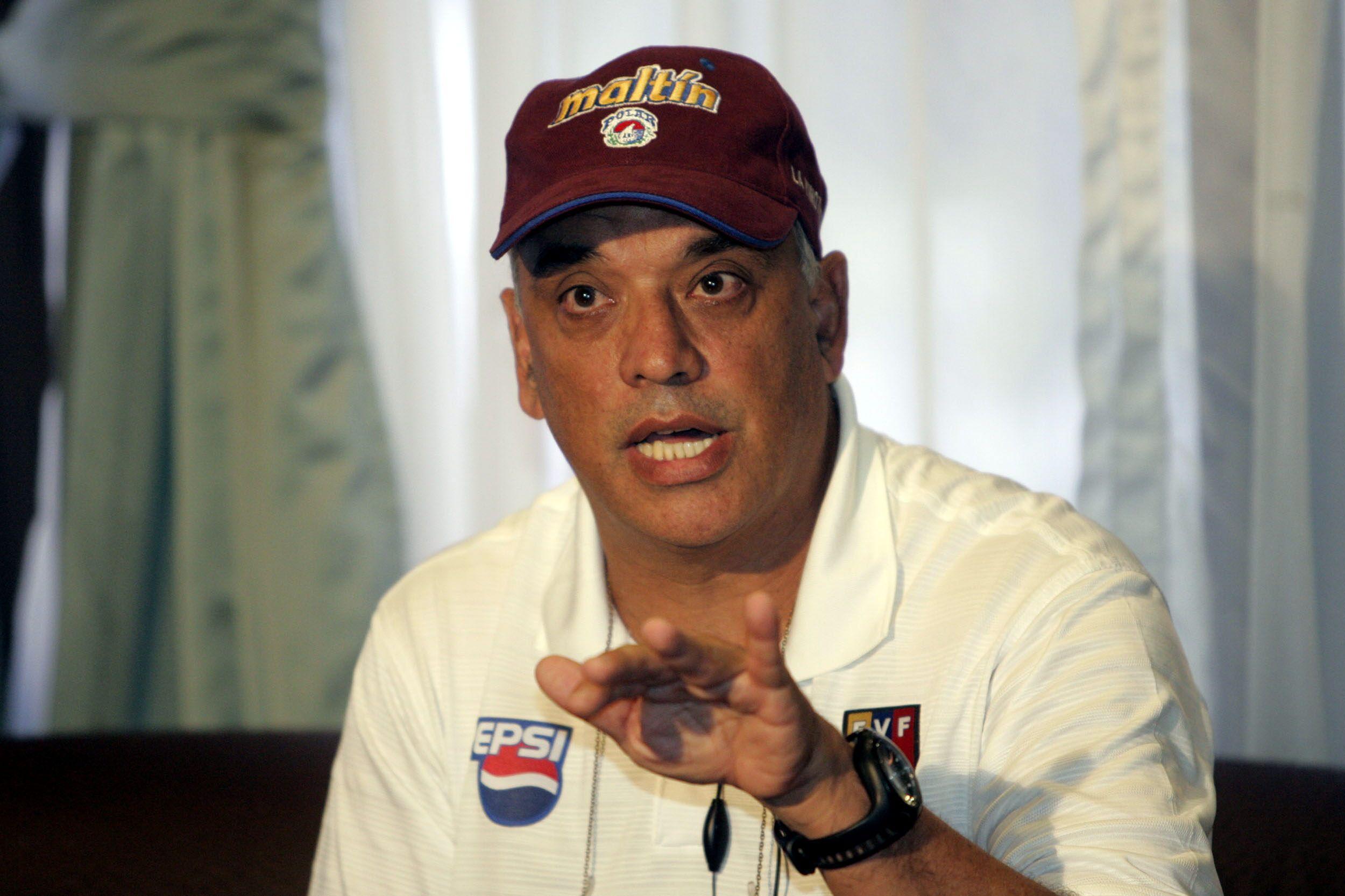 Páez, de 68 años, hoy reside en Orlando (EFE/HAROLD ESCALONA)