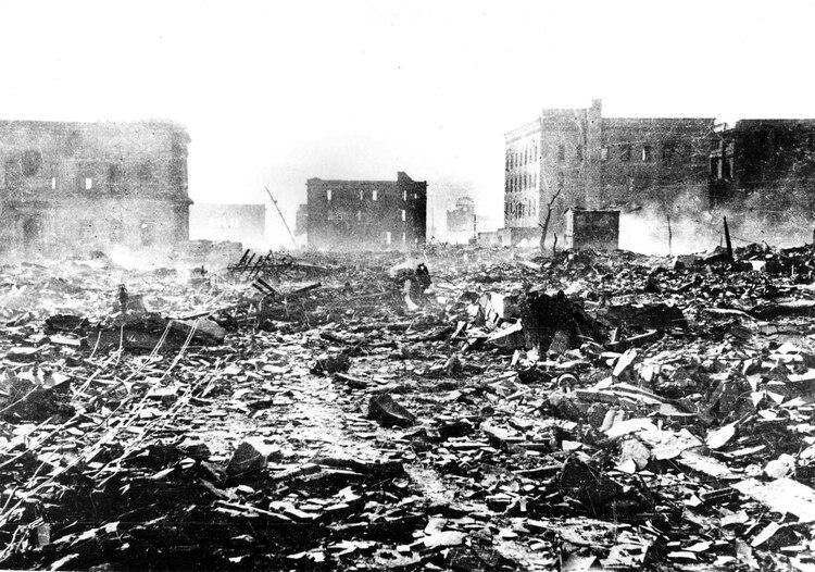 Hubo además de los muertos, 70 mil heridos de gravedad. La gran mayoría de ellos falleció en los días y meses subsiguientes como consecuencia de la explosión atómica (Mitsugi Kishida/Teppei Kishida/Hiroshima Peace Memorial Museum/Reuters)
