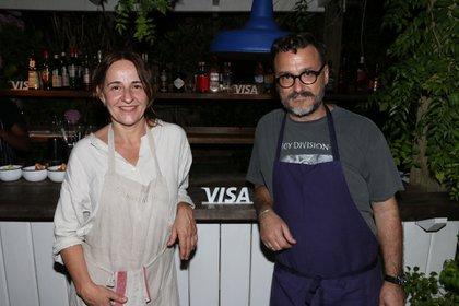 La cocinera mallorquina María Solivellas junto al chef Fernando Trocca