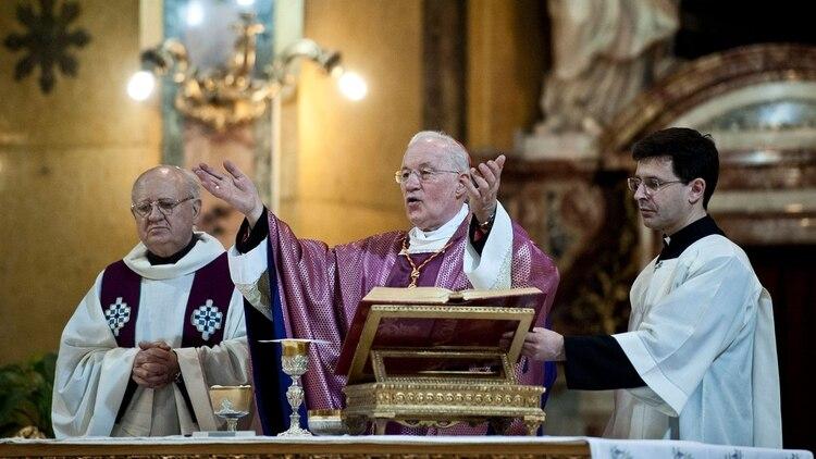 El prefecto de la Congregación de Obispos, Marc Ouellet.