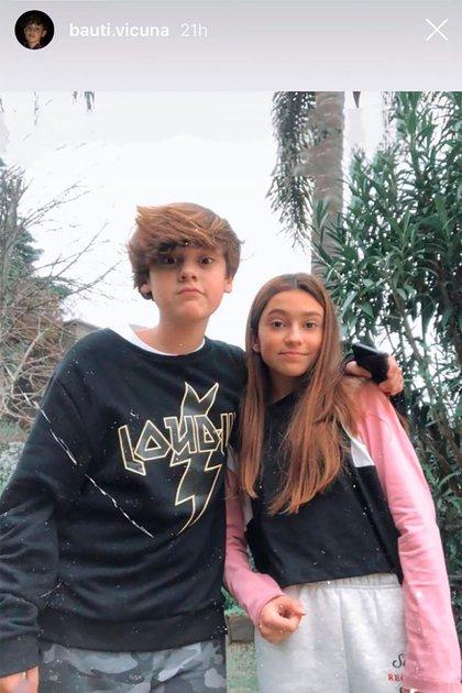Bautista y su novia (Foto: Instagram)