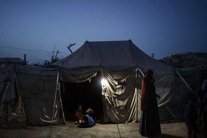 Después de casi cuatro años de conflicto en Yemen, al menos 8.4 millones de personas están en riesgo de morir de hambre y 22 millones de personas, el 75% de la población, necesitan asistencia humanitaria, según la ONU / Foto: Lorenzo Tugnoli (Contrasto, para The Washington Post)