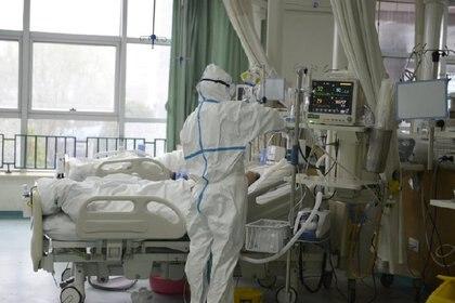 Las imágenes fueron publicadas por el hospital en la red social Weibo (vía REUTERS)