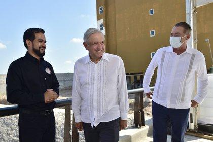 Culiacán, Sinaloa, México, 5 de agosto de 2020.Andrés Manuel López Obrador, Presidente de México preside Supervisión de los trabajos de revestimiento del Dren Bacurimí.Foto: Presidencia