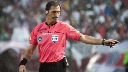 Mauro Vigliano será uno de los árbitros encargados del VAR durante el Mundial de Clubes (NA)