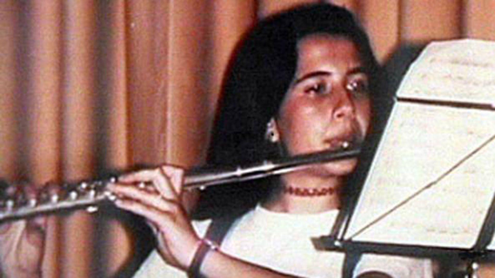 Emanuela Orlandi durante un concierto de flauta