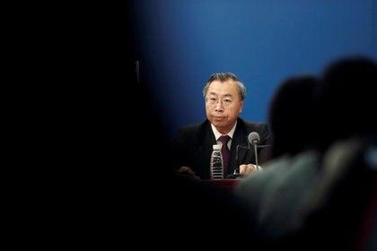 """En agosto de este año se dio a conocer que Liu Jingzhen, el presidente de la empresa estatal China National Biotec Group, parte de la farmacéutica Sinopharm, aseguró que la vacuna contra el coronavirus en la que trabaja el grupo estará lista """"probablemente en diciembre"""" (REUTERS)"""