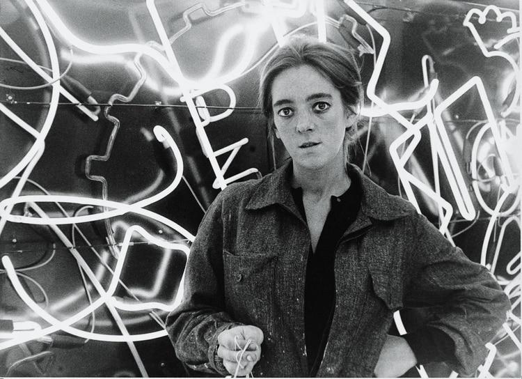 "Martha Minujín y ""La menesunda"", en 1964"