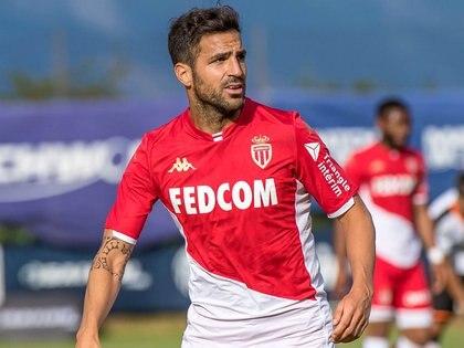 Cesc Fábregras actualmente juega en el Mónaco (@asmonaco.espanol)