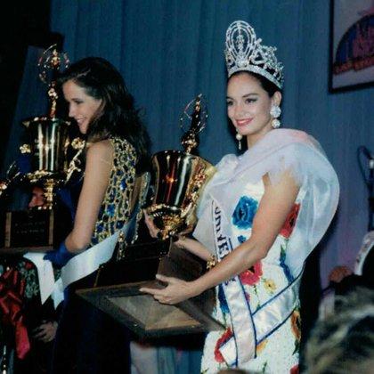 Lupita fue la primera mexicana en ganar el título de Miss Universo (Instagram: lupjones)