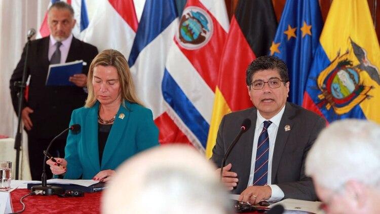Mogherini copresidió junto a Valencia la reunión